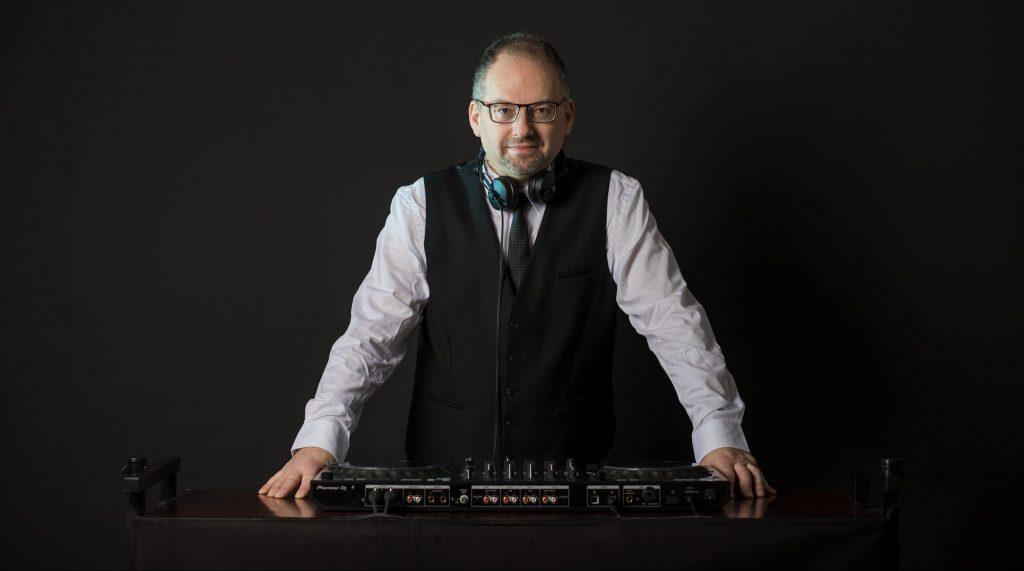DJ Manfred Feigel ist dein DJ für Wien Niederösterreich Burgenland